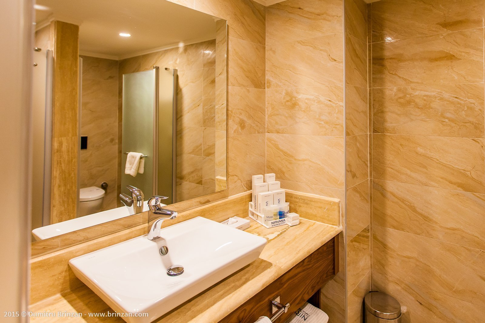 Nirvana Lagoon Villas Suites & Spa - Standard Bathroom