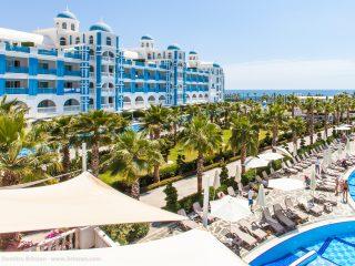 Rubi Platinum Spa Resort & Suites - Outside Pool