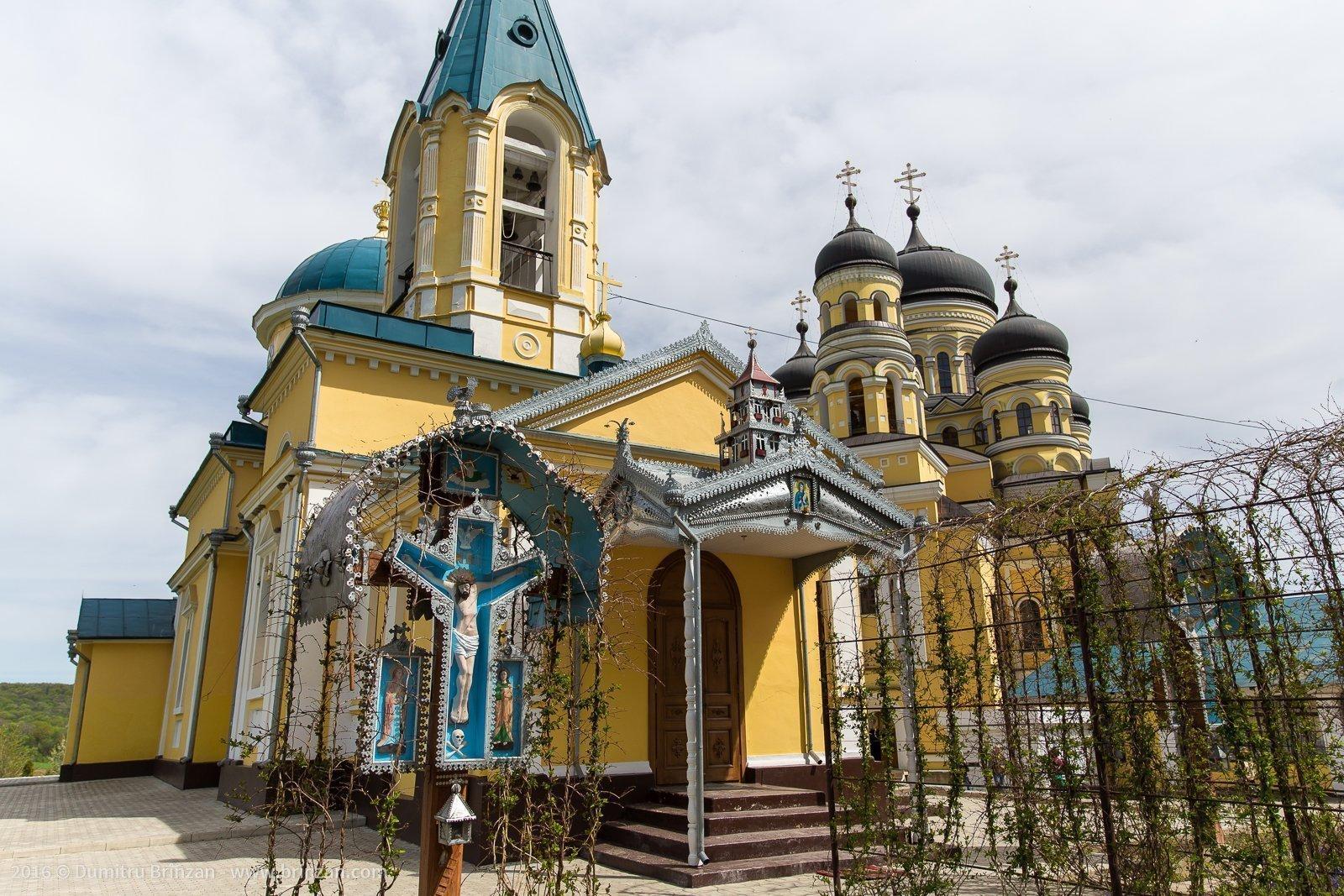 hancu-monastery-moldova-2016-6