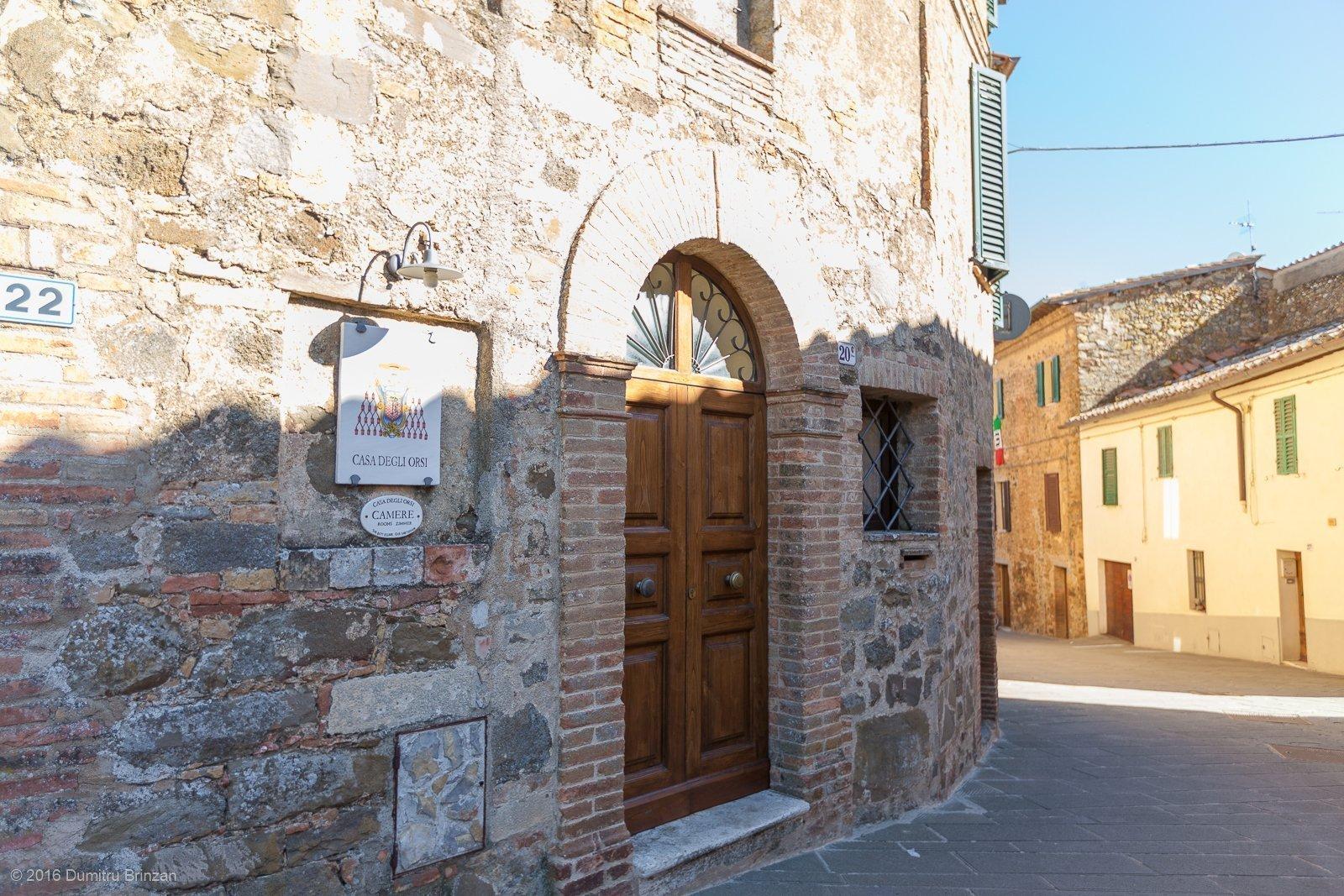 2016-montalcino-tuscany-italy-13