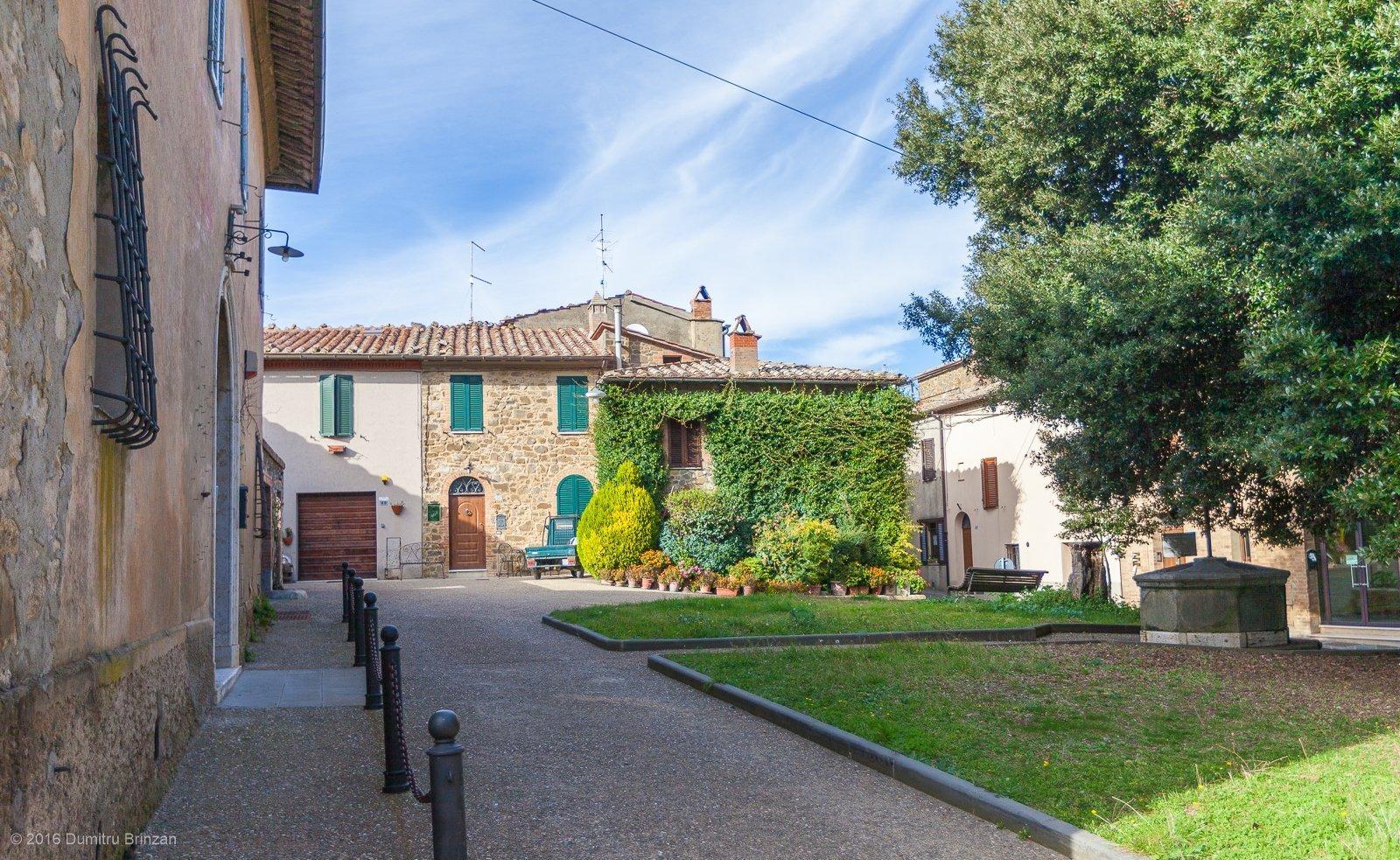 2016-montalcino-tuscany-italy-27